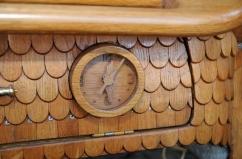 Fusca-conversível-feito-de-madeira-001