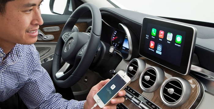 Mercedes-Apple-CarPlay-1