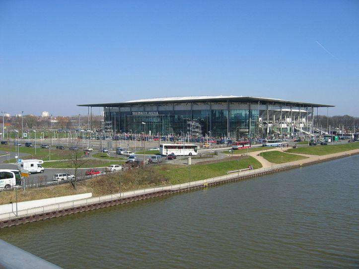 1280px-Wolfsburg_stadion